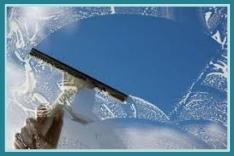 La Seynoise, services de nettoyage des sols et façades, suppression des graffitis